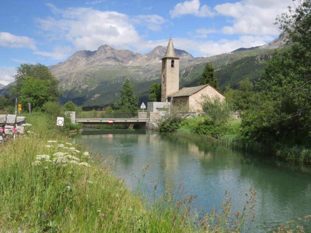 シルス村の教会