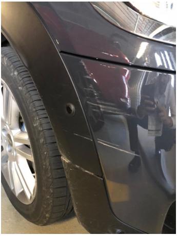 レンタカーの傷